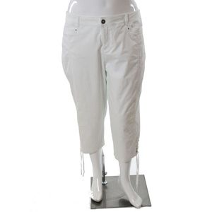 Style&Co Plus Size Mid Rise Capris White 18W